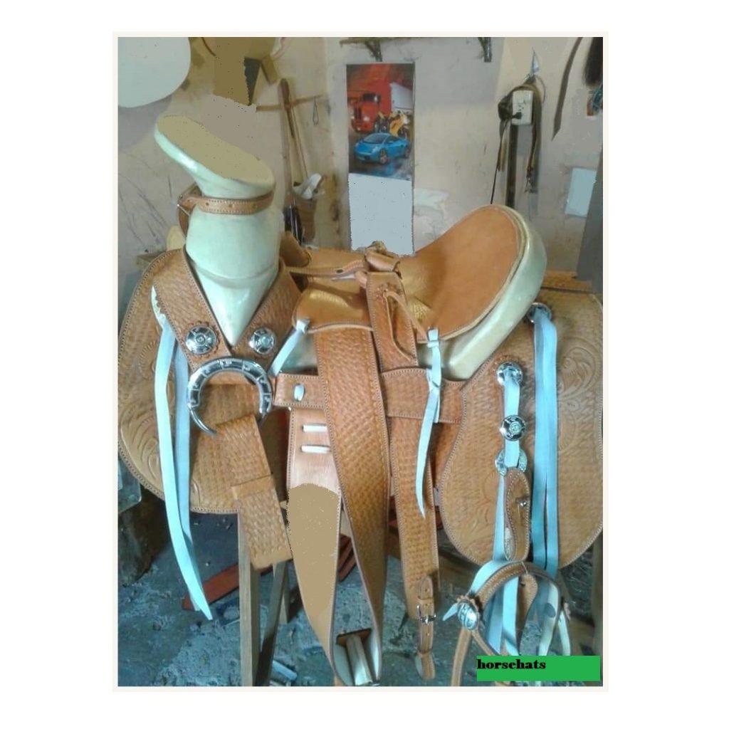 """Cara Memilih Pelana Kuda Gaya """"Western"""""""